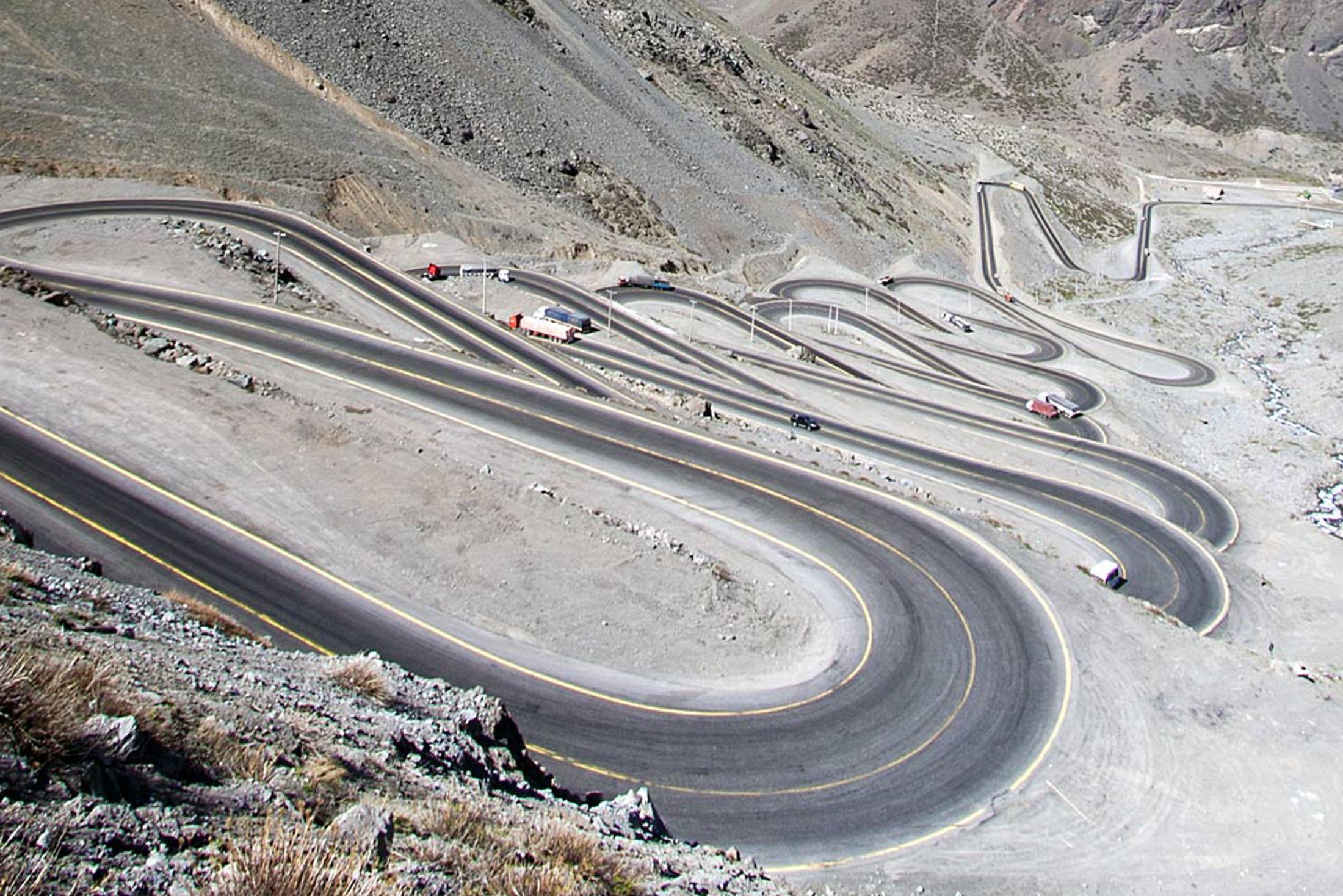 LOS CAROCOLES Pass